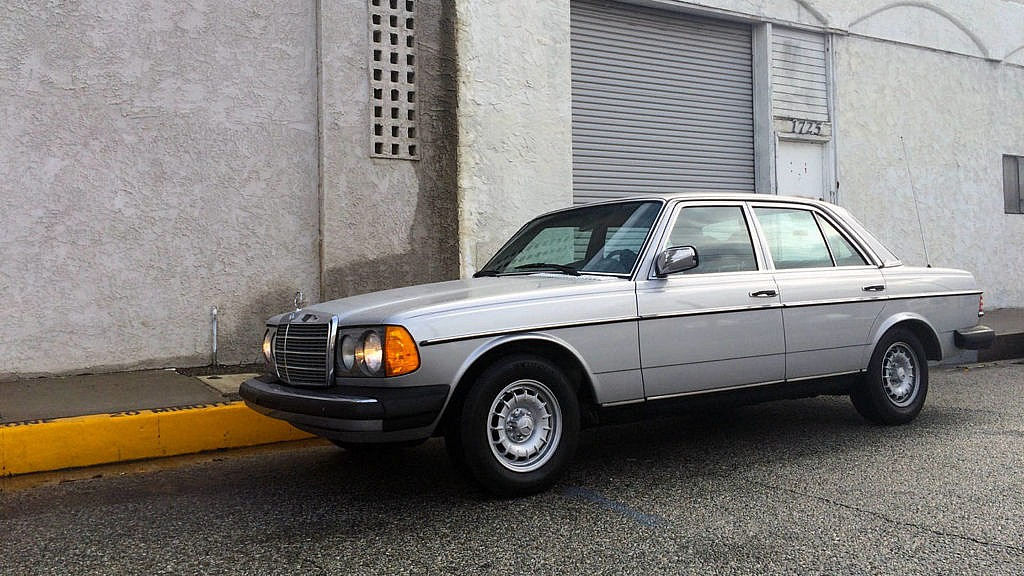 Mercedes-Benz 300D/TD – I'll take two of those please