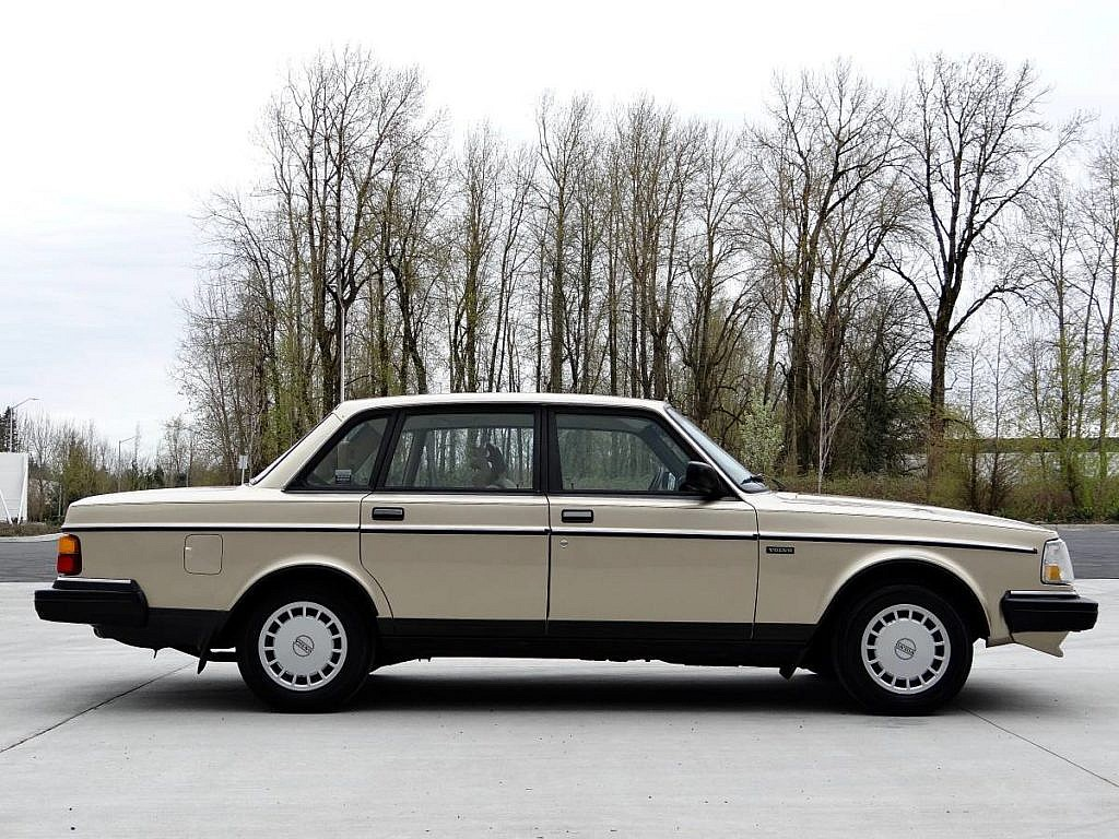 The Volvo 240 – A Cult and Personality | Second Daily Classics