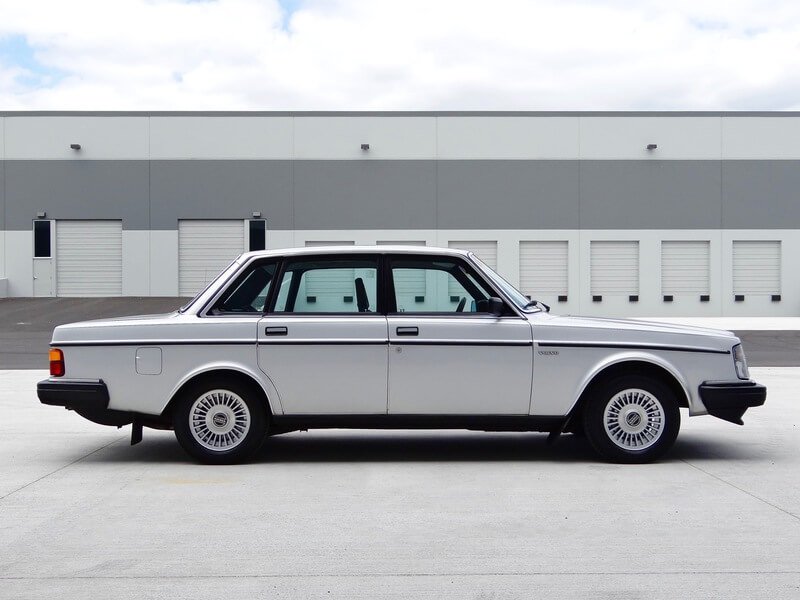 1984 Volvo 240 GL | For Sale | Second Daily Classics