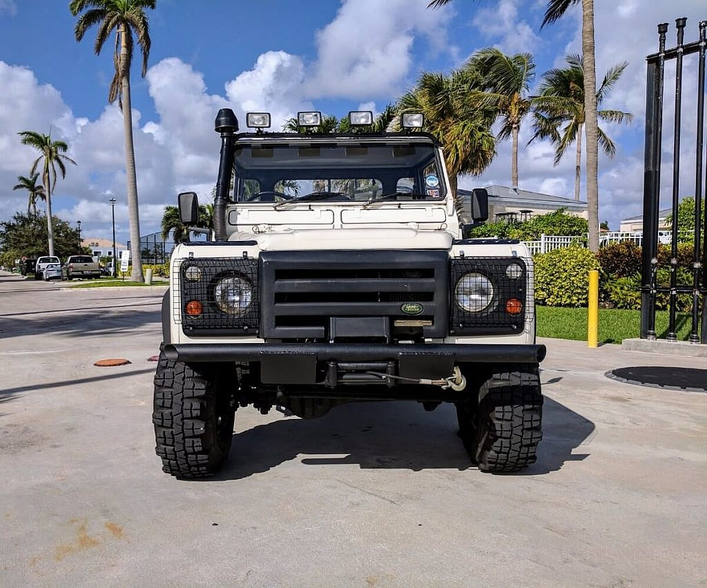 1984 Land Rover Ninety 90 Pickup Second Daily Classics Defender Pick Up The Seller Has Placed A Very Competitive Reserve On This To Encourage Active Bidding
