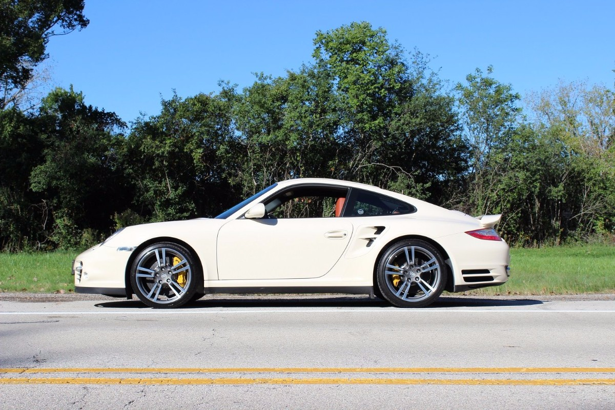 2011 porsche 911 turbo s 26k miles second daily classics. Black Bedroom Furniture Sets. Home Design Ideas