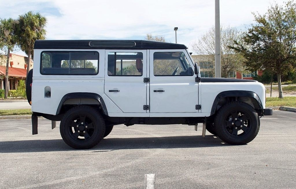 Bespoke Build Land Rover Defender 110 Second Daily