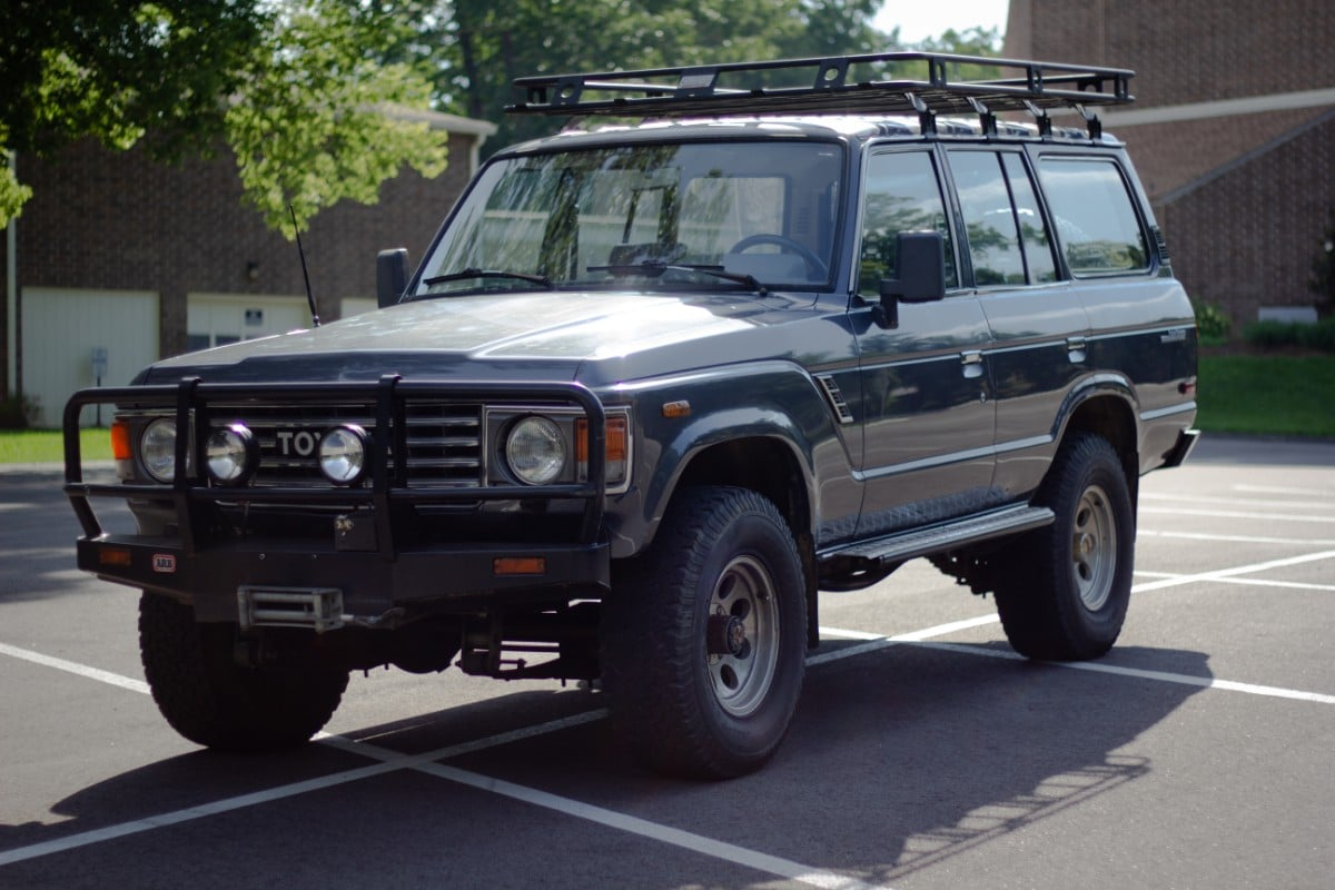 1986 Toyota Land Cruiser FJ60 – V8 5 7L 4-speed | Second Daily Classics