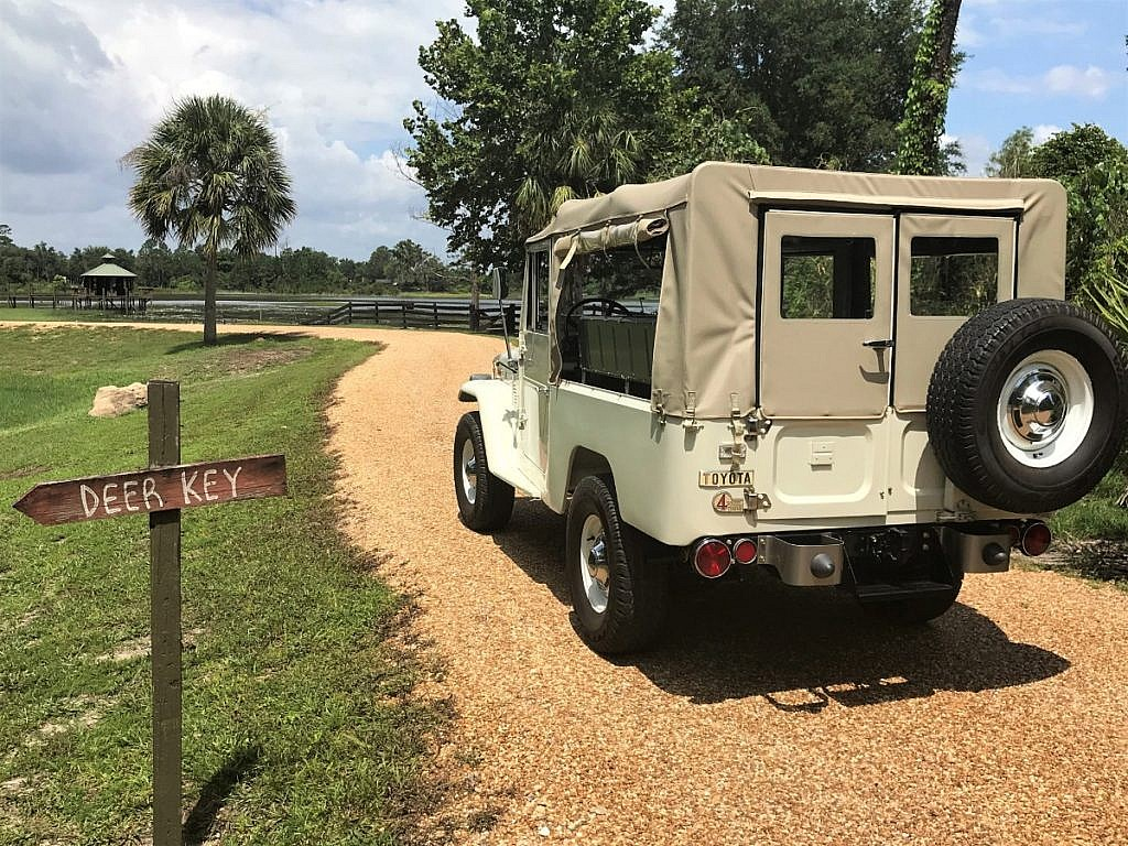 1973 Toyota Land Cruiser Fj43 One Owner Fully Restored Second Owners Manual Description
