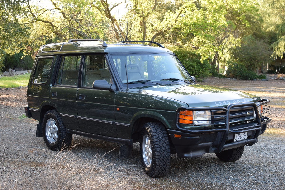 4ec51c979d 1994 Land Rover Discovery SE7 – Records from new