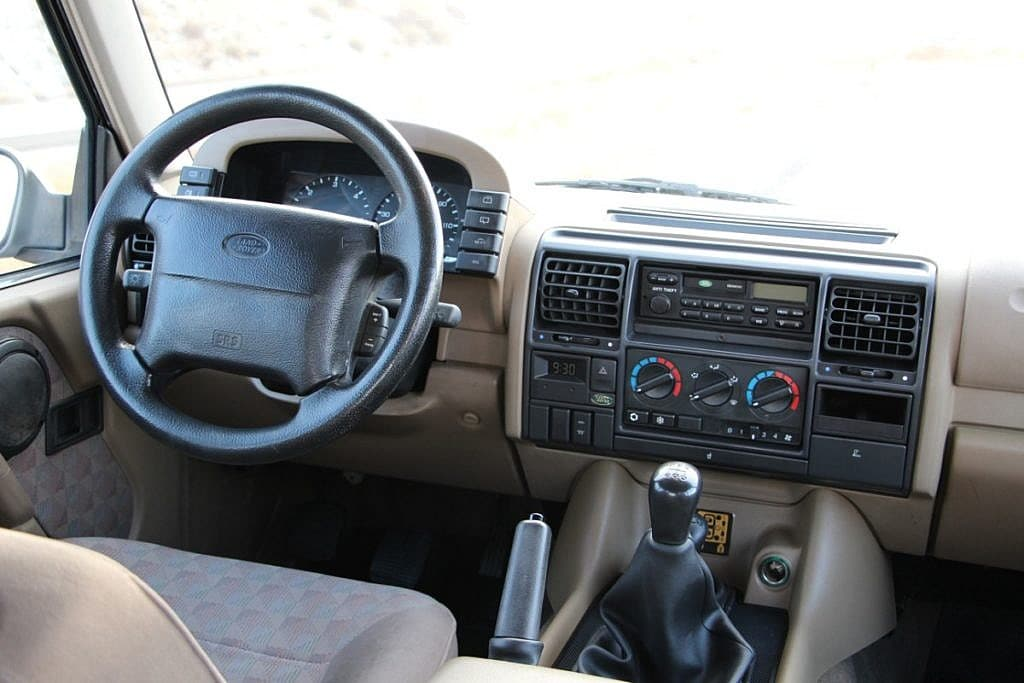 Groovy 1994 Land Rover Discovery 1 5 Speed Manual Second Daily Classics Wiring Database Rimengelartorg